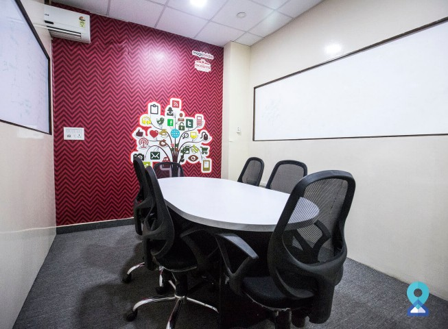 Meeting Room in Logix Cyber Park, Sec 62, Noida