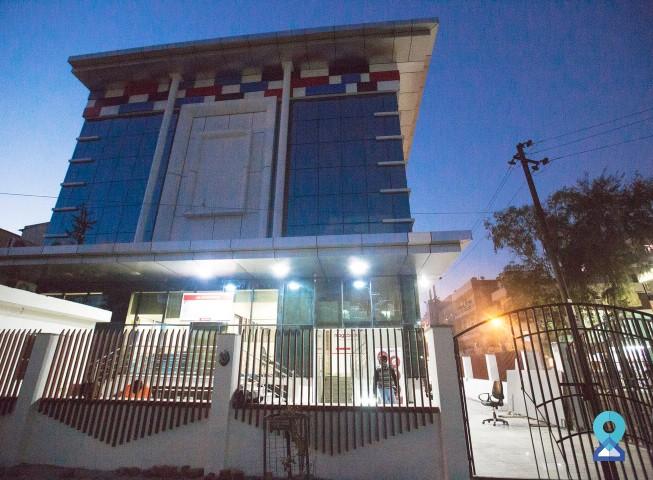 Coworking Space in Logix Cyber Park, Sec 62, Noida